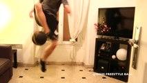 Football freestyle : Wassim s'amuse dans un espace restreint