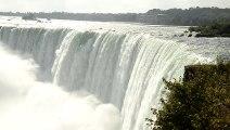 _DSC2831 Niagara Falls, panoramique de la chute du Fer à Cheval puis des chutes américaines