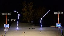 In the Hall of the Mountain King - Played on Musical Tesla Coils