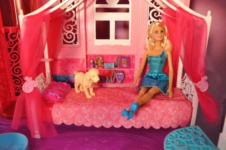 Barbie Rüya Evi (4.Bölüm) - YATAK ODASI- EvcilikTV - Barbie Videoları