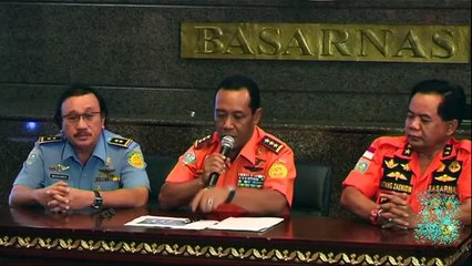 AirAsia QZ8501 - sonar detects missing plane wreckage on seafloor.