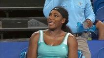 Serena Williams commande un café en plein match pendant la Hopman Cup 2015