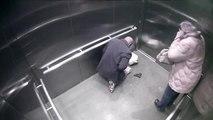 Un policier se tire dessus dans un ascenseur