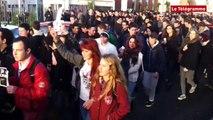 Charlie Hebdo. Défilé de lycéens à Lannion