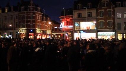Hommage à Charlie Hebdo sur la Grand-place d'Armentières