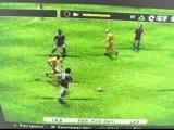 Image de 'Balle piqué pleine lulu hors de la surface sur PS2'
