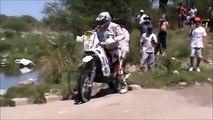 Dakar : les chutes des motos