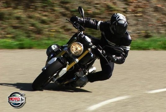 BMW Nine T review : The bike that make you sexier !