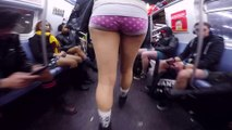 No Pants Subway Ride 2015 in New York City : Thousands Of Pantless People in the subway