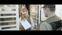 CLM BBDO pour Masterkoo - boutique en ligne d'articles à 1 euro, «A ce prix-là, pas besoin de réfléchir.» - mai 2014 - homme jambon