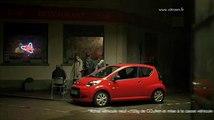 """Citroën - voiture - décembre 2010 - """"Happy end, minuit"""", C1 20s"""