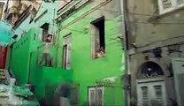 """Dulux Valentine (AkzoNobel) - peinture - mai 2010 - """"Let's colour"""", """"Moving walls"""""""