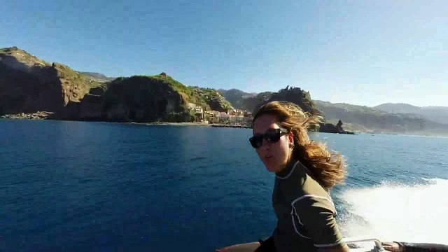 Dive at Bowbelle with Scuba Madeira Diving Center....