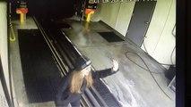 Accident de voiture dans une station de lavage auto