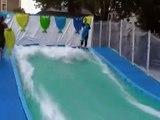 """Tribord (Oxylane/Décathlon) - surf de poche gonflable Splizer - juillet 2011 - """"Vague artificielle à Paris Plages"""""""