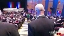 Une vidéo de Sarkozy pris en flagrant délit de mensonge par un militant UMP