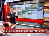 Antalya'da Dev dalgalar Karayolunu parçaladı