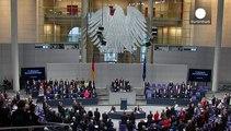 Germania: il Bundestag rende omaggio alle vittime di Parigi