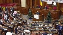 Ucrania de duelo, envía nuevos refuerzos para combatir contra los separatistas prorrusos