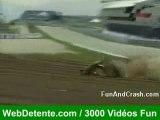 Crash accident chute sport mécanique