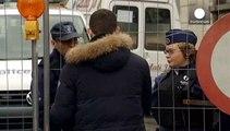 Terrorismo: arresti in vari Paesi europei, fermate 12 persone in Francia