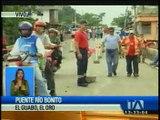 Vía Guayaquil-Machala continúa cerrada por colapso del puente sobre el rio Bonito