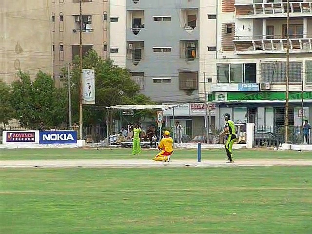 13 OF 17 FAISAL MUBASHIR & MUSTAFA IQBAL BATTING *** 24-07-2014 CRICKET COMMENTARY BY : PCB COACH PROF. NADEEM HAIDER BUKHARI  1st SEMI FINAL  VITAL FIVE CRICKET CLUB KARACHI vs YJ CRICKET CLUB KARACHI  *** 3rd VITAL 5 CLUB CRICKET RAMZAN CRICKET FES (10)
