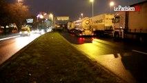 Blocage des routiers: le port de Gennevilliers paralysé