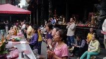 Chanting in the Bangka Longshan temple in Taipei