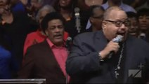 Fred Hammond - Oh Give Thanks - Andrae Crouch Celebration of Life Concert Funeral - 01-21-2015