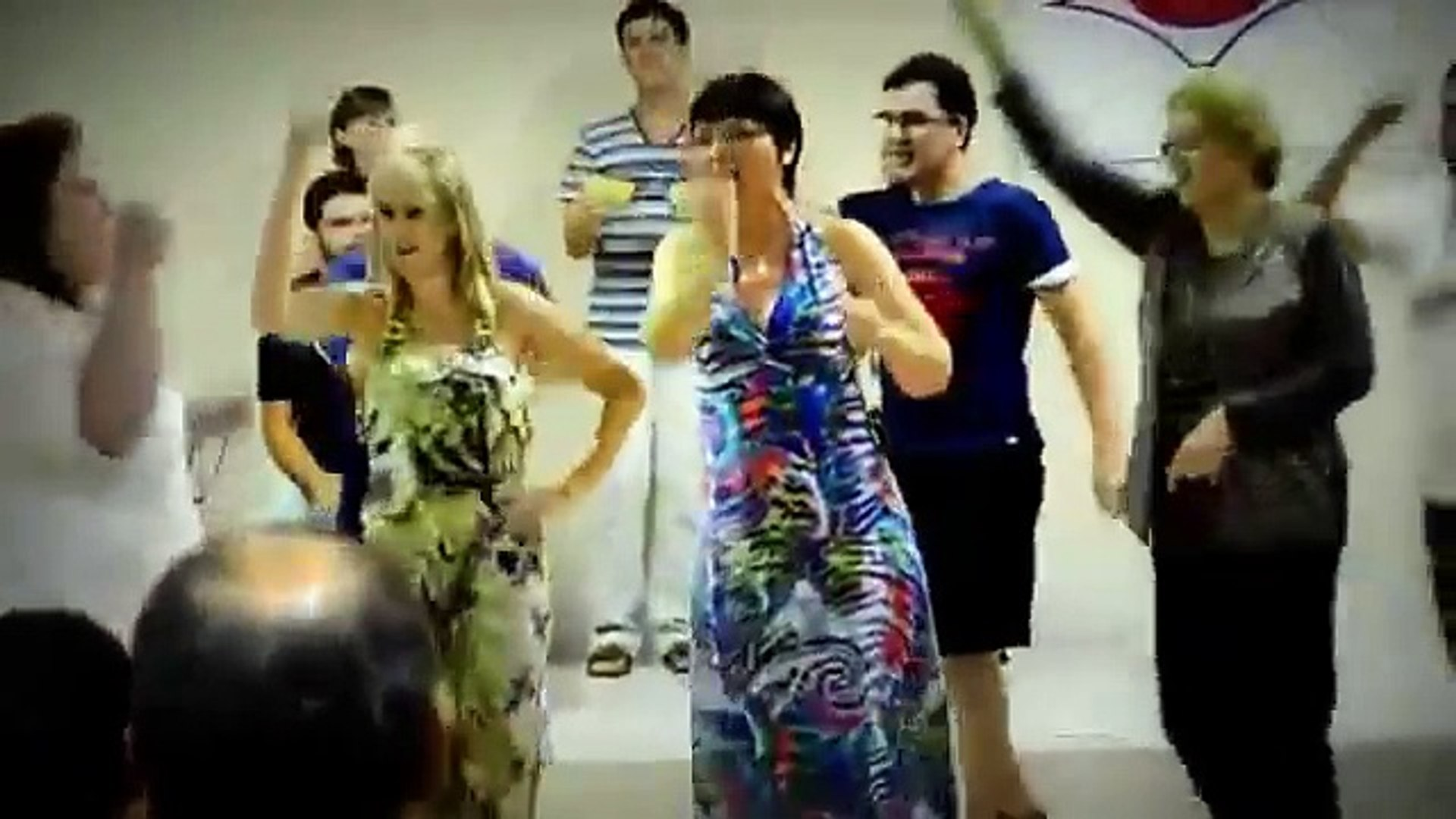 Amazing - White People Singing and Dancing to African Song