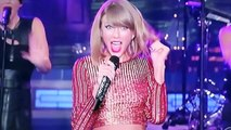 Taylor Swift Macy's Thanksgiving Day Parade 2014 Performance
