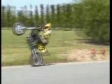 Moto cross weeling crash 2 motos (1)