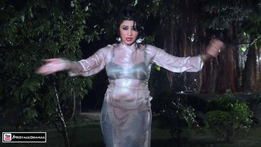 BINDIA RANI HAI SOHNEYA - MUJRA DANCE - PAKISTANI MUJRA
