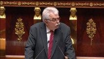 Chassaigne (GDR) fait référence à Wolinski pour expliquer son opposition à la loi Macron