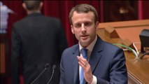 """Emmanuel Macron voit dans la victoire de Syriza un appel à """"réformer"""" la France"""