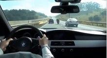 BMW M5 qui prend en chasse une Honda CBR 1000 RR