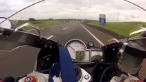 Course de motos BMW S1000RR vs CBR1000