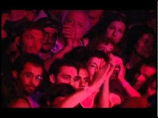 Manu Chao - Infinita Tristeza (Live)
