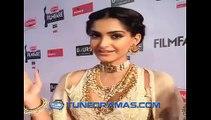 Soonam Kapoor at 60th Britannia Filmfare Awards 2015