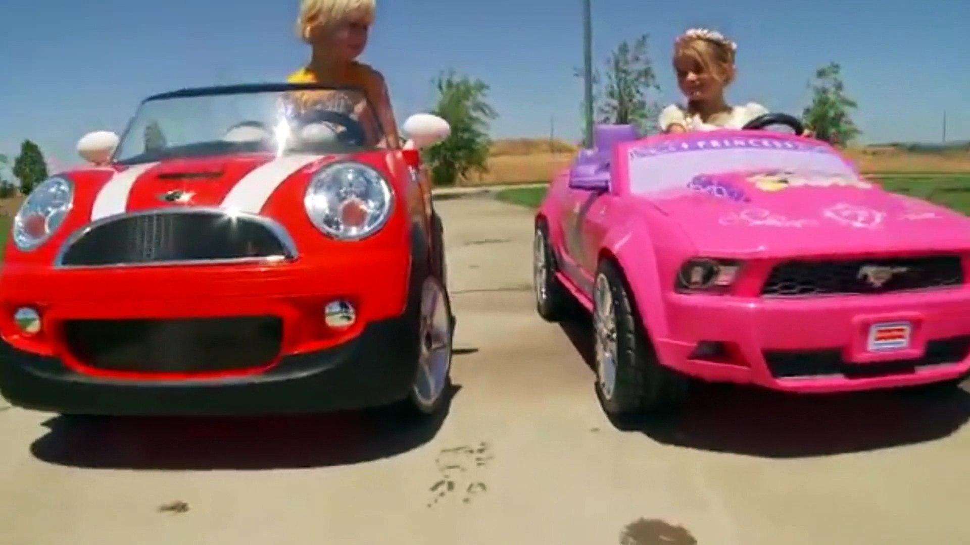 صاعقة يطلب قارن أطفال يلعبون بالسيارات Centhini Resort Com