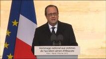 """Hommage aux Invalides: """"Notre pays est une nouvelle fois en deuil"""", lance Hollande"""