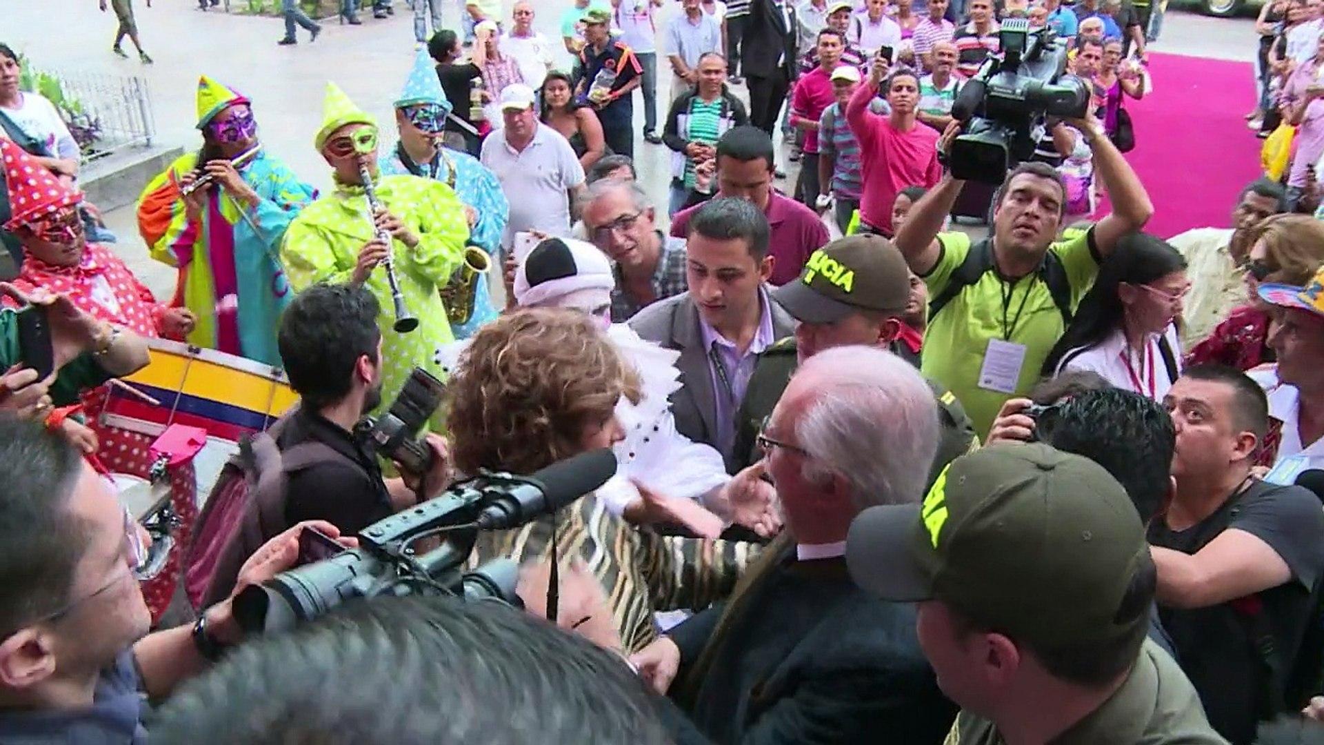 """Botero inaugura """"El Circo"""" en Colombia"""