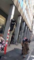 Allarme bomba al Parlamento Europeo: auto sospetta fermata - MoVimento 5 Stelle