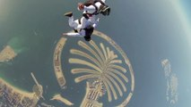 Incredible Synchronized Skydive in the blue sky of Dubai
