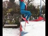 Lavillenie saute à la perche sur la neige