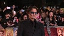 Johnny Depp aurait-il choisi sa mère à la place de Vanessa Paradis ?