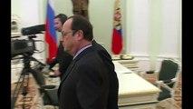 Ucrânia: Hollande, Merkel e Putin concordam em tratar de plano d