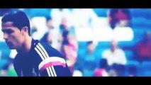 Cristiano Ronaldo VS Ronaldinho | Freestyle | Crazy Tricks & Freestyle Football