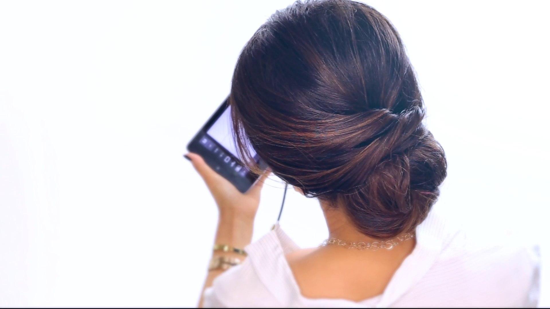 2 Minute Elegant Bun Updo Easy Hairstyles